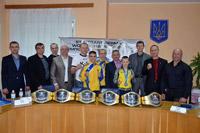 Лідер профспілок Чернігівщини привітав з тріумфом юних кікбоксерів