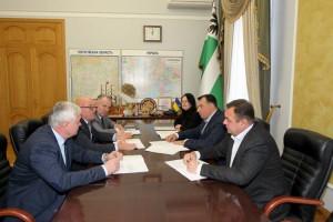 На Чернігівщині влада, підприємці і профспілки уклали угоду